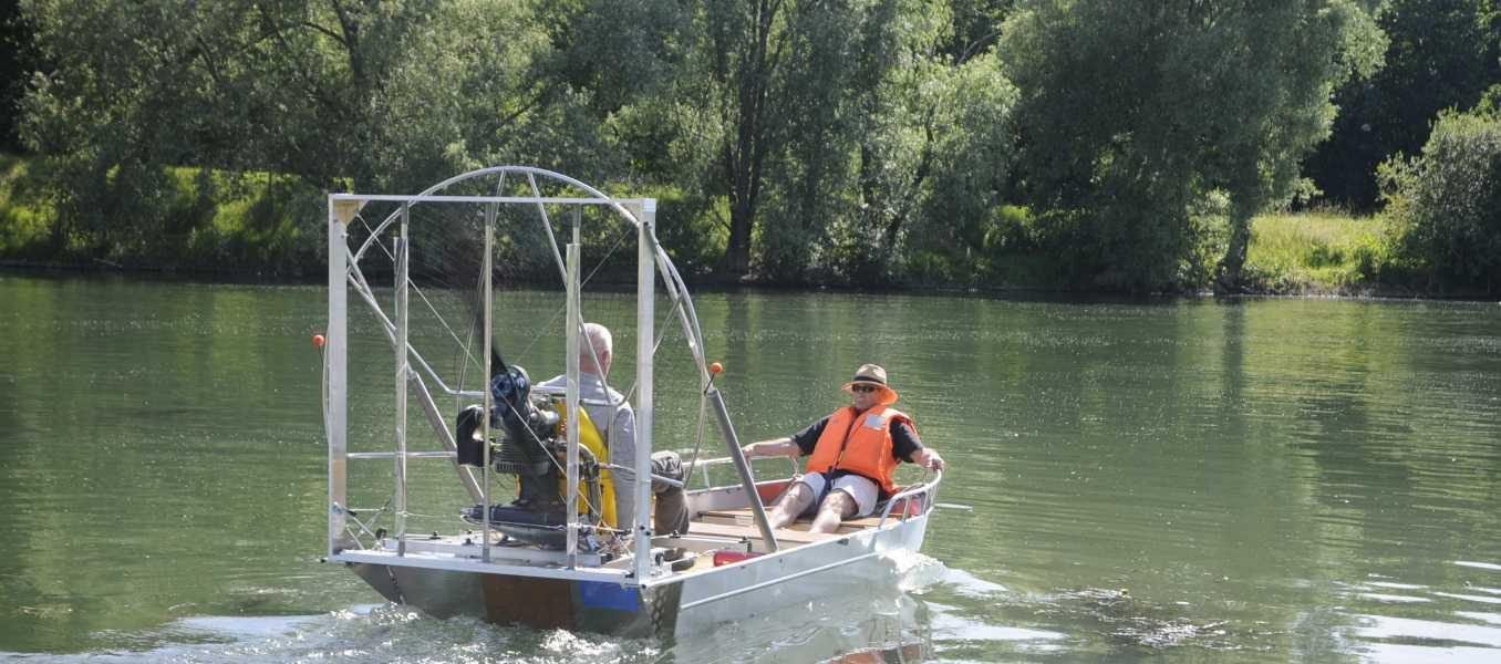 Barco-de-pesca-de-aluminio-
