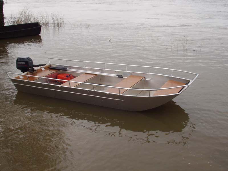 Barco de aluminio con fondo plano (11)