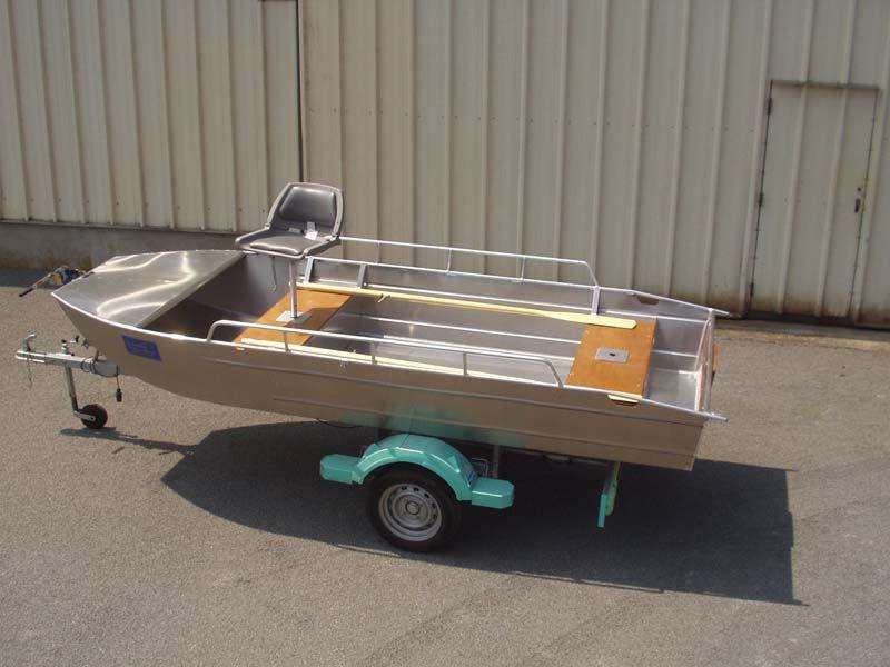 Barco de aluminio con fondo plano (1)
