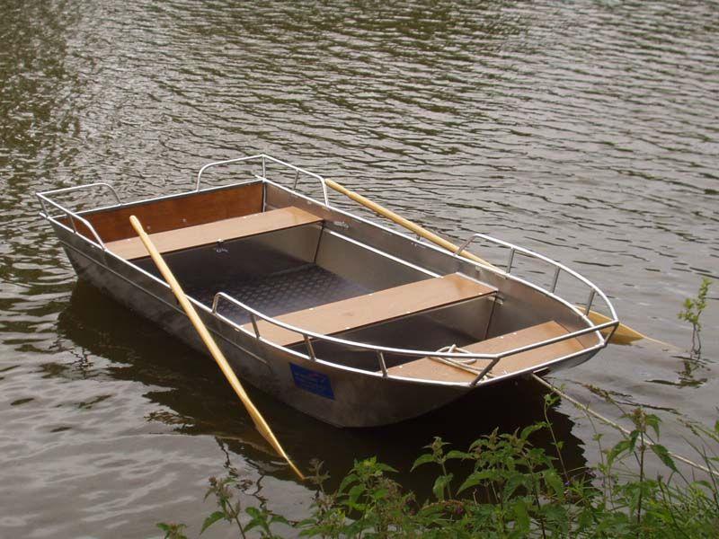 Barco de aluminio con fondo plano (13)