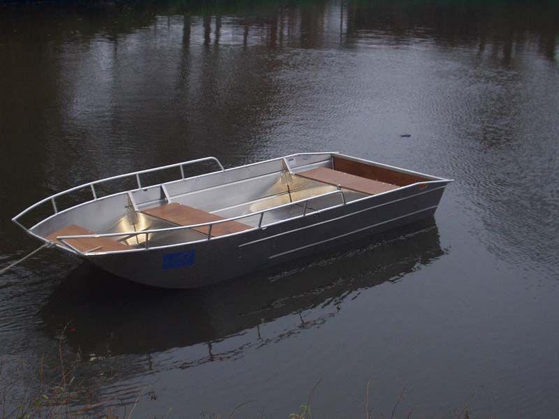 Barco de aluminio con fondo plano (14)