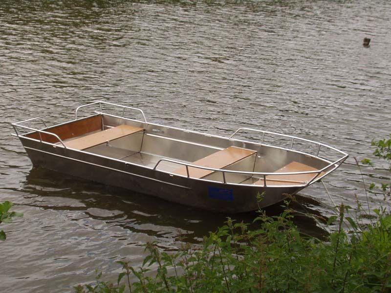 Barco de aluminio con fondo plano (15)