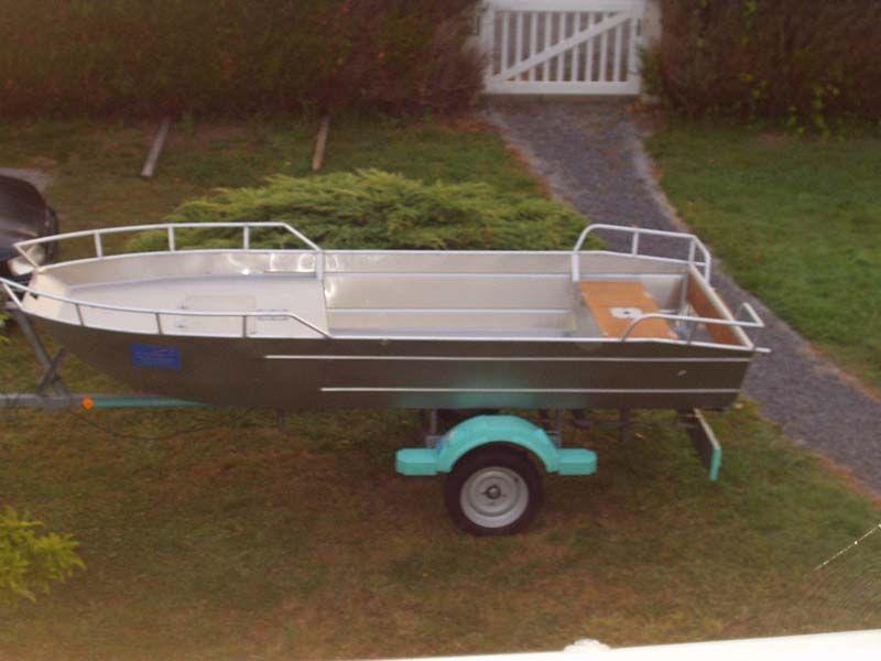 Barco de aluminio con fondo plano (20)