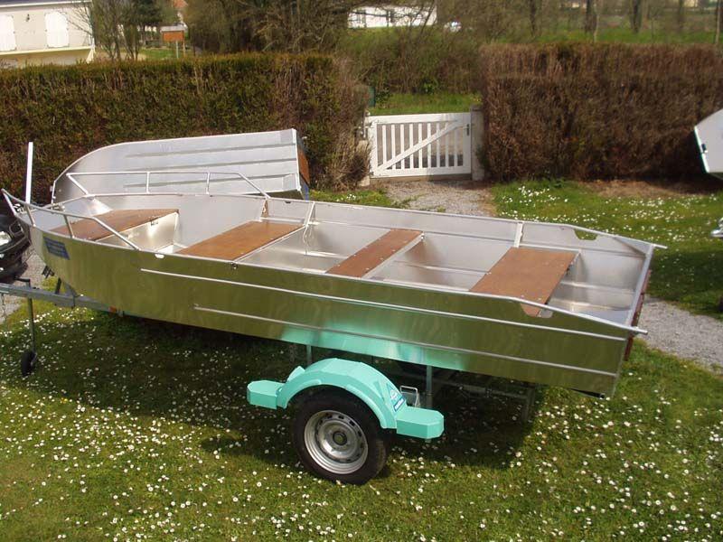 Barco de aluminio con fondo plano (26)