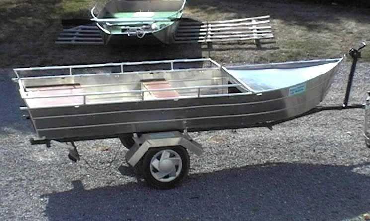 Barco de aluminio con fondo plano (32)