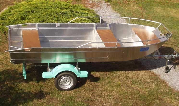 Barco de aluminio con fondo plano (33)