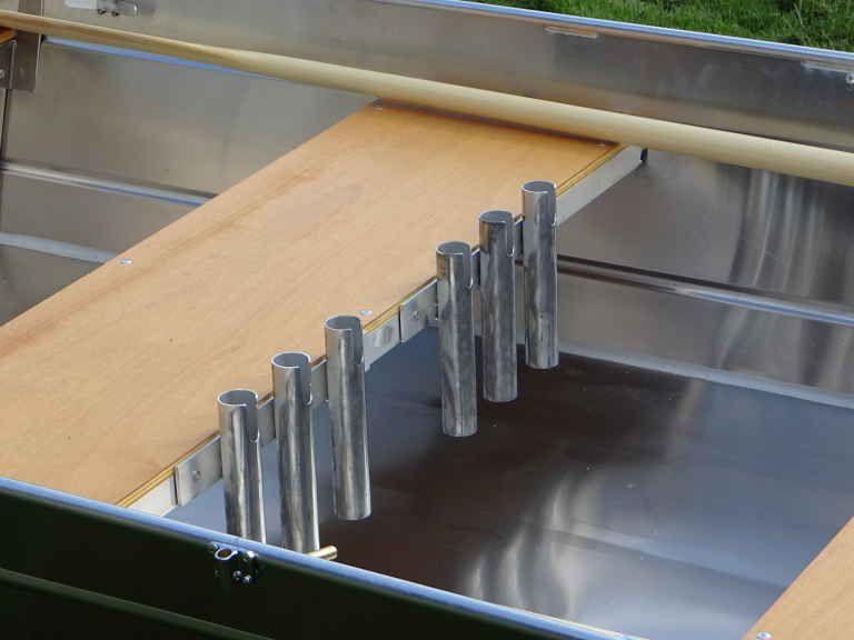Barco de aluminio hecho a mano (11)