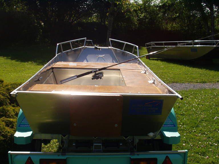 Barco de aluminio hecho a mano (25)