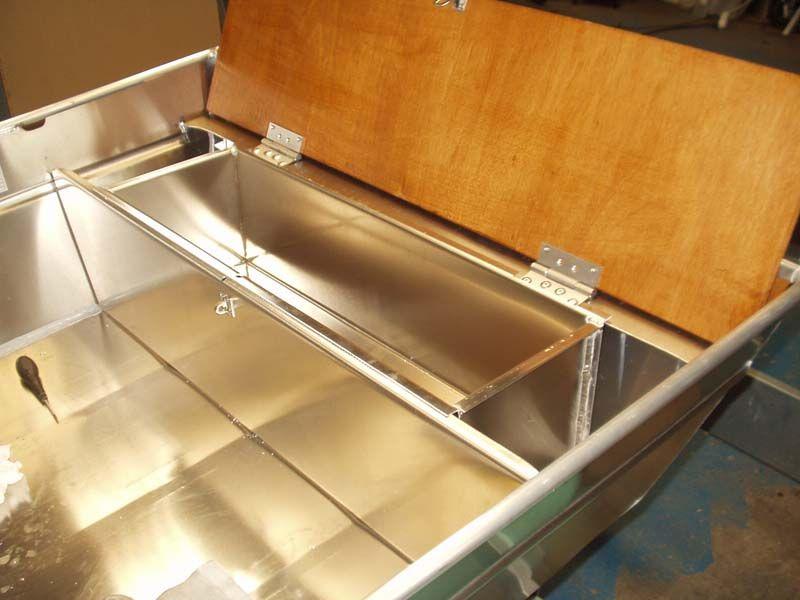 Barco de aluminio hecho a mano (21)