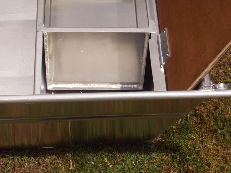 Barco de aluminio hecho a mano (7)