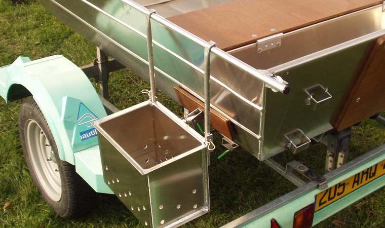 Barco de aluminio hecho a mano (9)